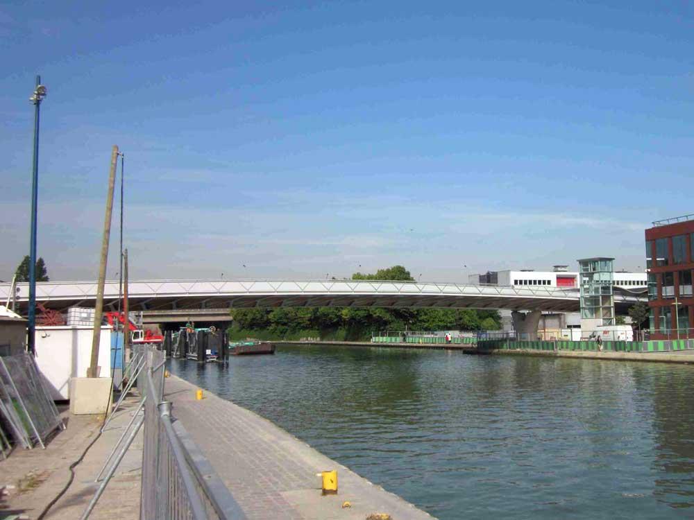 Pont du canal de l'Ourcq (France)